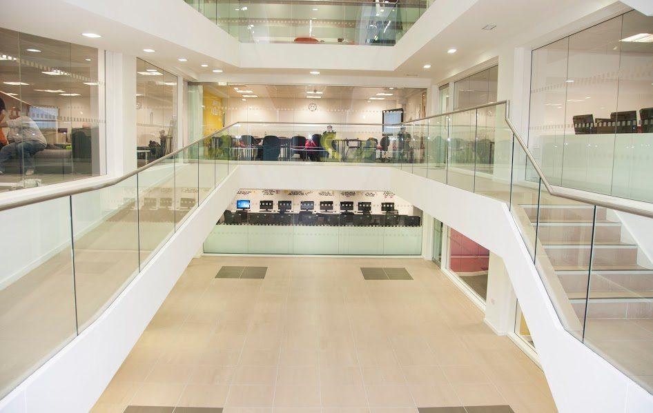 New College Manchester scuola
