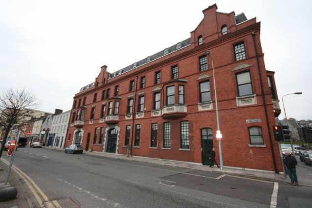 CEC-Cork-Appartamento-privato-building