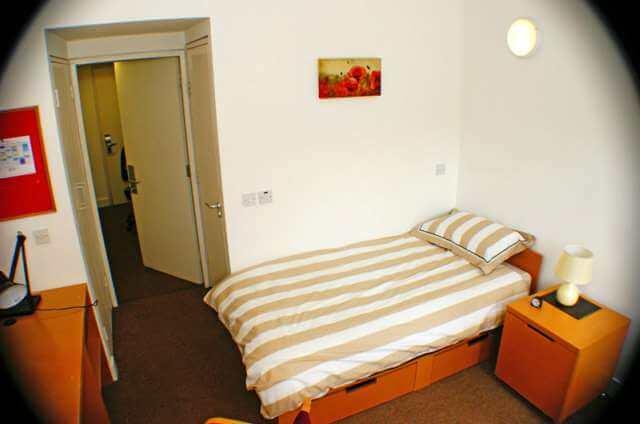Victoria Mills bedroom