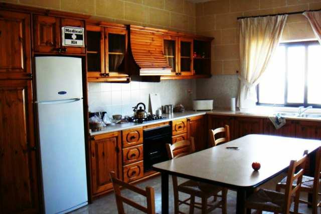 IELS Gozo_Alloggi_residence_cucina