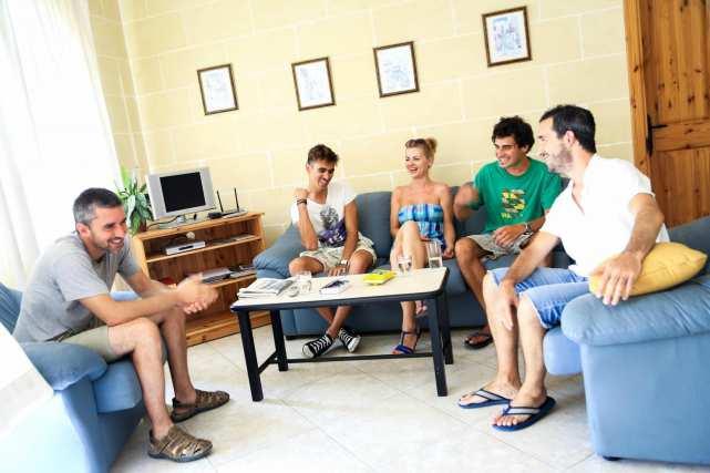 IELS Gozo_alloggi_residence_living room