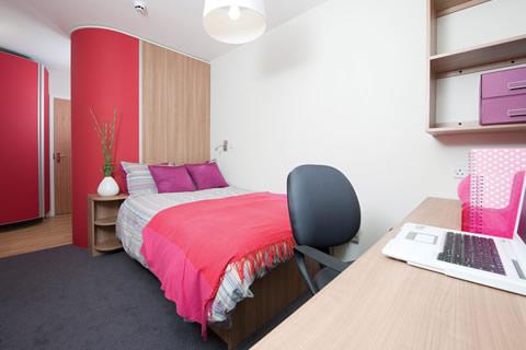 Residence Slade Park - Bedroom