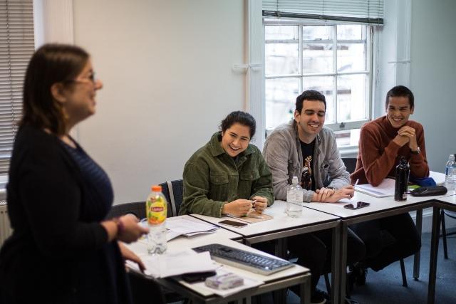 Viaggi-studio-London-Eurocentres-aule-studenti