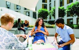 Liberty plaza EC londra 30 socializzazione